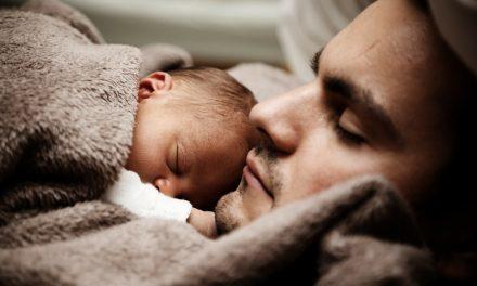 Saznajte kako da poput najvećih umova sveta spavate manje, a budete odmorni!